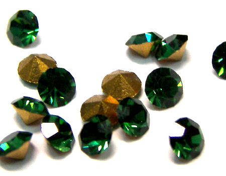 10 x Chaton Preciosa® MAXIMA - PP15 - 2,10mm - Green Tourmaline