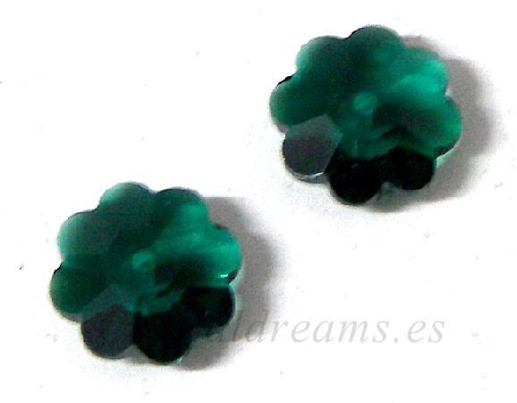 3700 Swarovski Elements - Emerald - 10mm