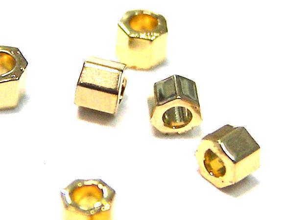 Miyuki delica hexagonal