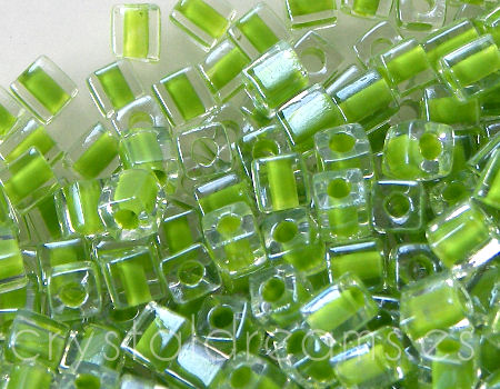 4mm Cubos MIYUKI - 5 gr. pack - Crystal Green Lined