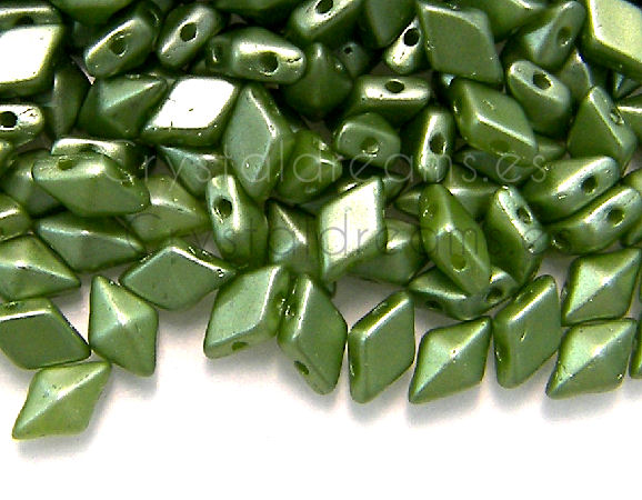 DiamonDUO Beads 8x5mm - 5gr. - Color: PASTEL OLIVINE