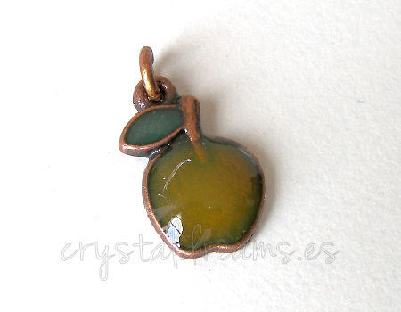 Metal pendant Agujero:2mm Green Apple 15x10mm - Cobre