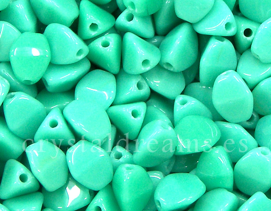 Pinch Beads 5mm - 25 Piezas - Color: Opaque Green Turquoise